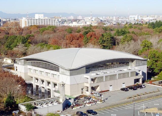 体育館の外観